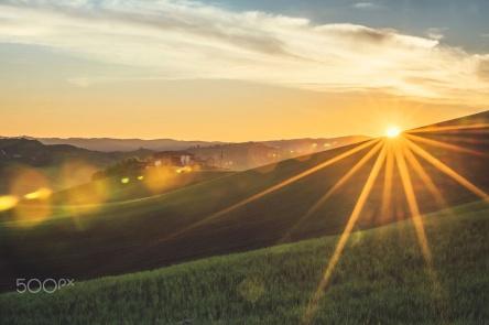 sunrise-in-tuscany-by-gurkan-gundogdu